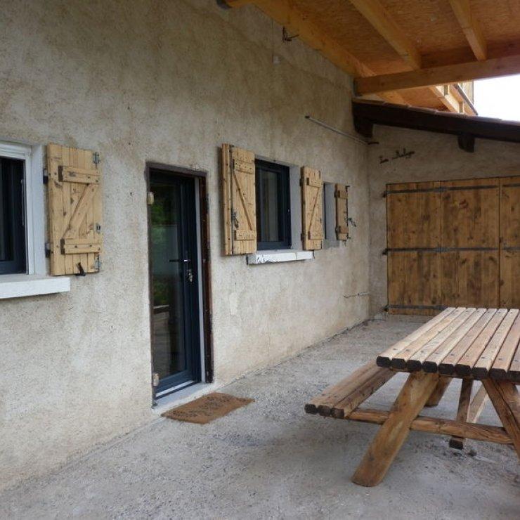 Meublé de tourisme Au gîte de la Germanette - Terrasse (Copyright : Au gîte de la Germanette Meublé de tourisme à Serres)