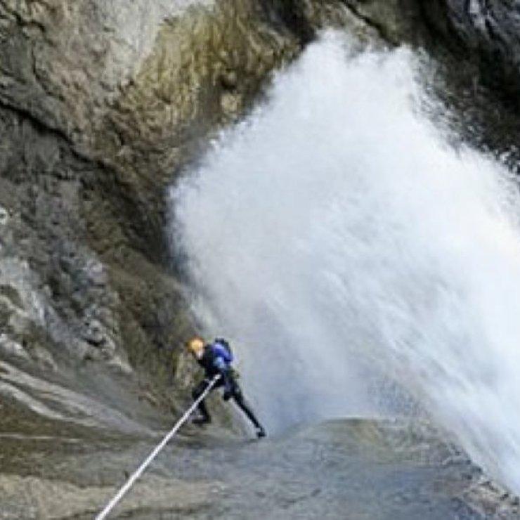 Hautes Alpes canyoning - Oules de la Fressinière (Copyright : OIT Motte Turriers)