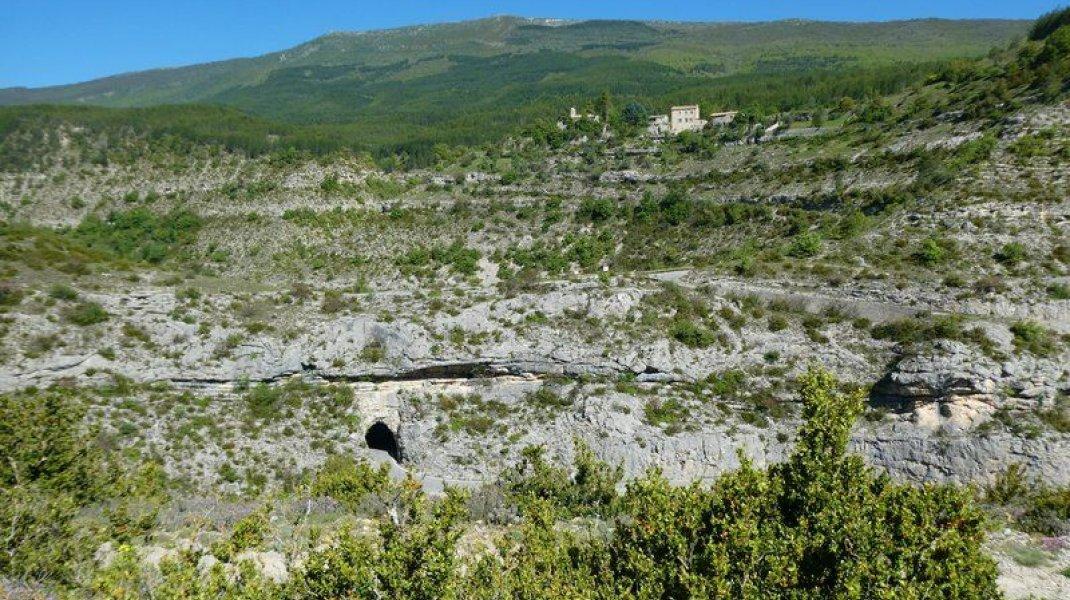 """Itinéraire de rando """"Boucle de la Plaine"""" - Gorges de la Méouge (Copyright : Communauté de Communes Sisteronais Buëch)"""