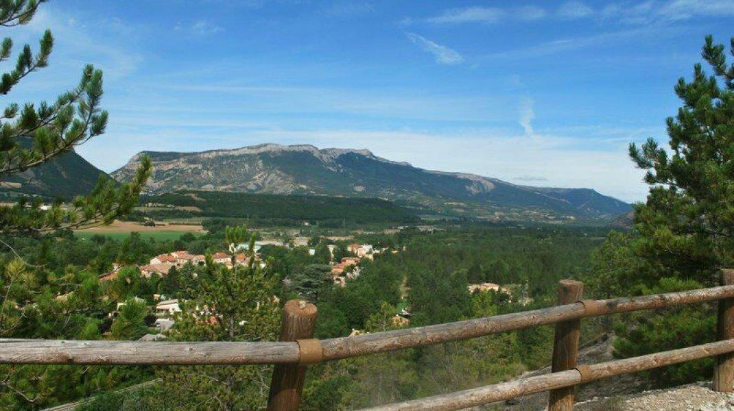 EldoradoRando Le Vieil Eyguians - Point de vue (Copyright : Communauté de Communes Sisteron Buëch)
