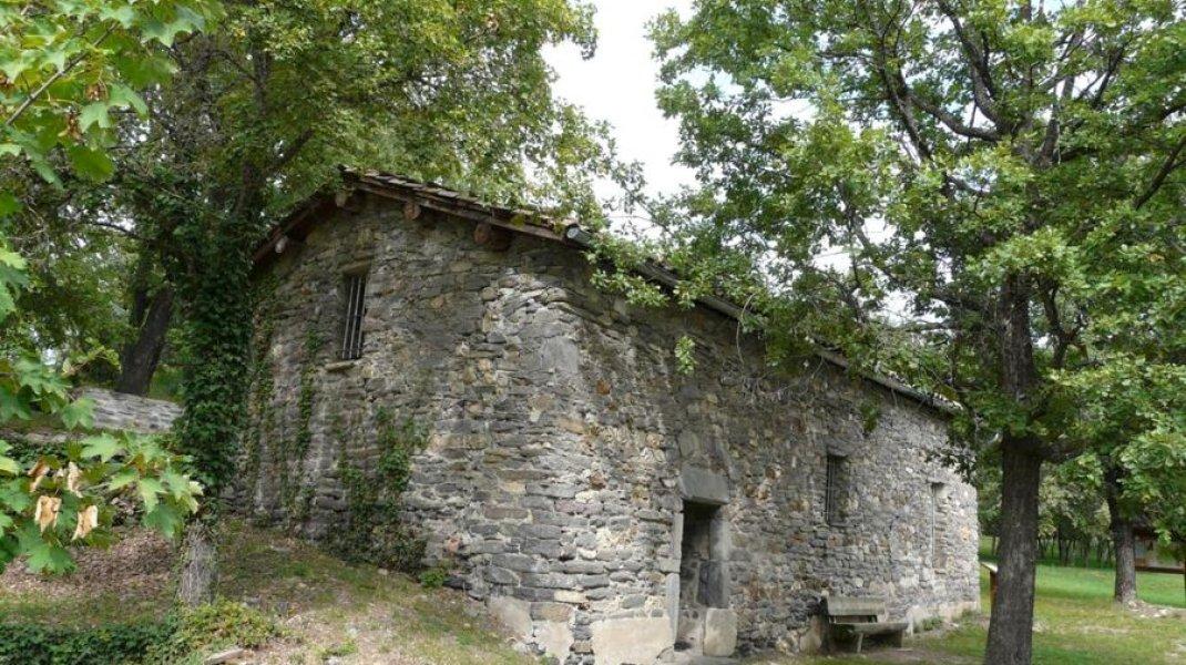 EldoradoRando Le Vieil Eyguians - La Chapelle du Veil Eyguians (Copyright : CDRP05)