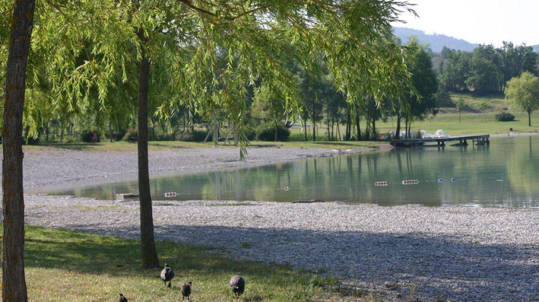 Site de pêche du lac du Riou - Le plan d'eau du Riou (Copyright : Office de Tourisme Sisteron Buëch)
