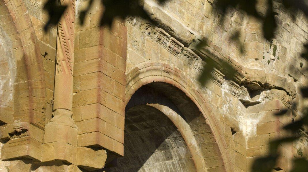 Prieuré de Saint-André de Rosans - Prieuré St André de Rosans (Copyright : Eric Burlet)
