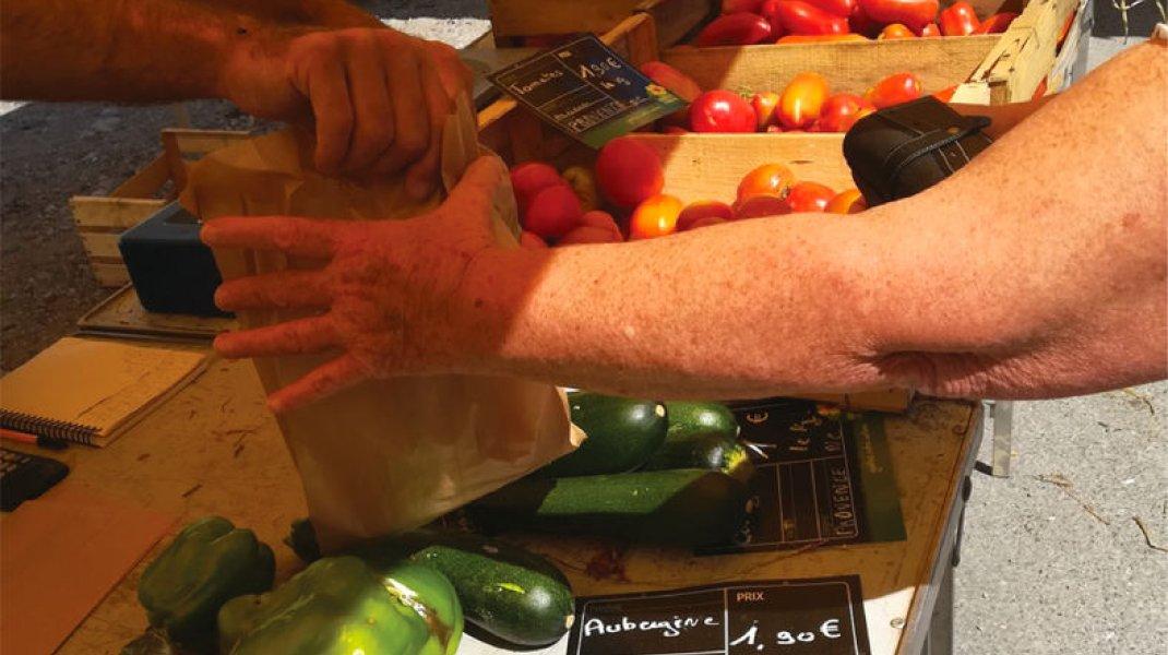 Marché de Clamensane - Légumes Bio et de saison (Copyright : Hautes Terres de Provence)