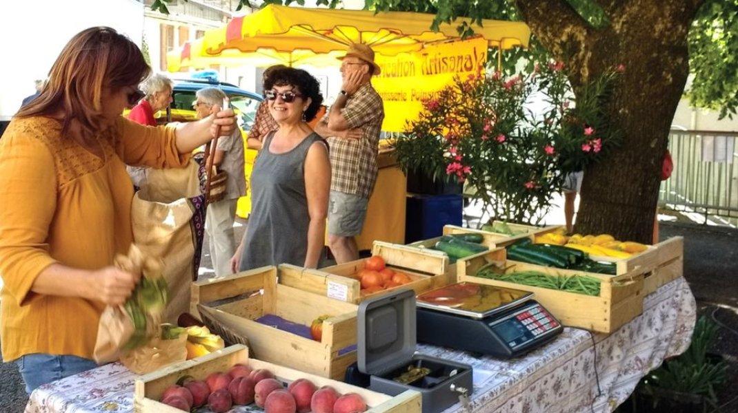 Marché de Turriers - Le marché (Copyright : Hautes Terres de Provence)