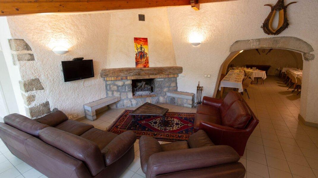 Gîte du Boissillon - Salon et cheminée (Copyright : Gîte du Boissillon)