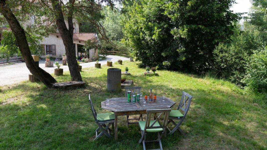 Gîte du Boissillon - Salon de jardin (Copyright : Gîte du Boissillon)