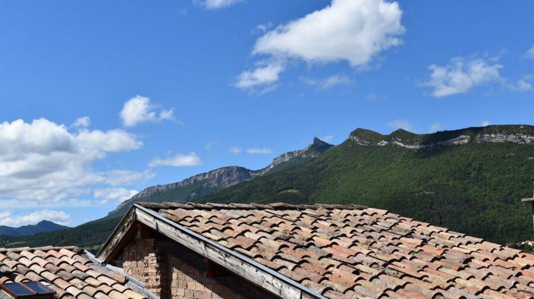 Gîte du Rocher à Serres - Vue sur le rocher de Beaumont (Copyright : Gîte du Rocher)