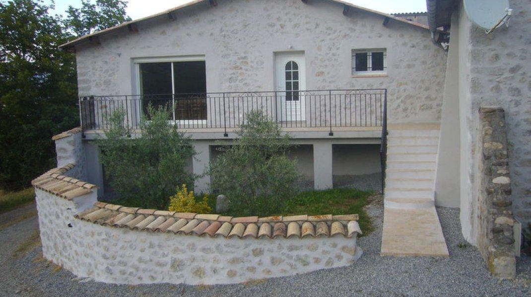 Maison de campagne Aux Deux Oliviers - La maison (Copyright : R. Pintz)