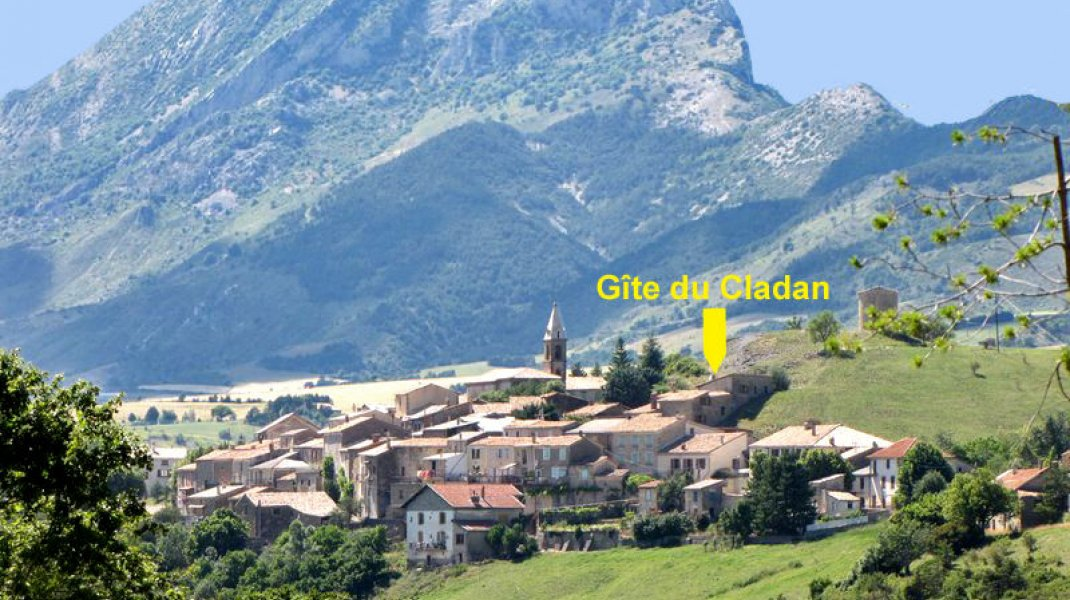 Au Cladan - Vue du village de l'Epine (Copyright : D.Wilwertz)
