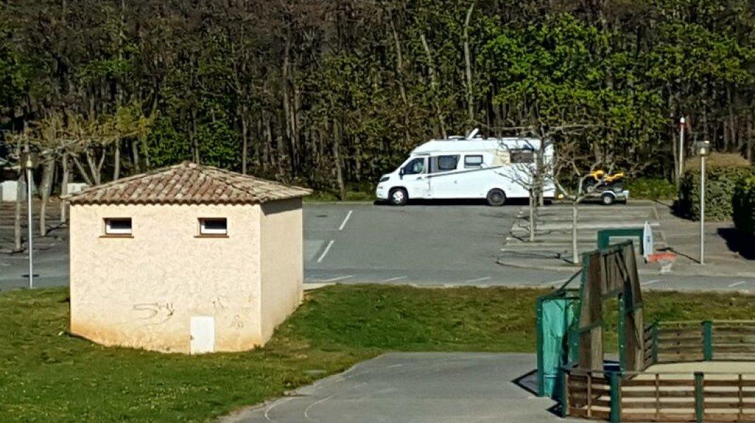 Mison - Aire de services campingcars (Copyright : Office de Tourisme Sisteron Buëch)