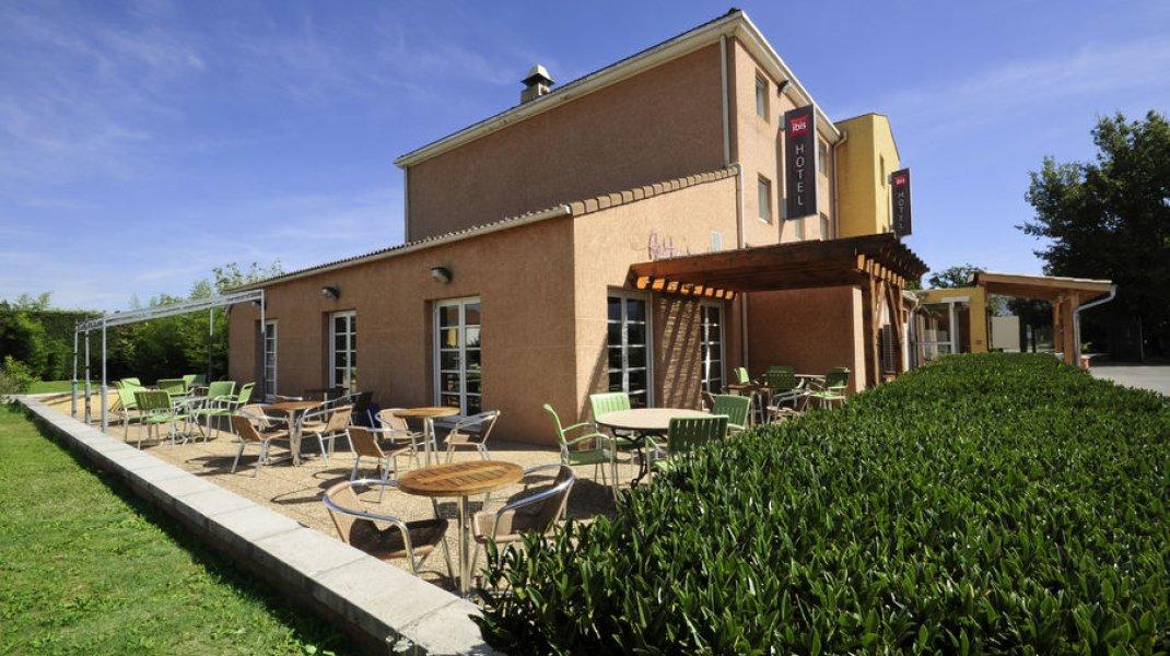 Restaurant Les Tilleuls - Terrasse extérieure (Copyright : Restaurant Les Tilleuls)