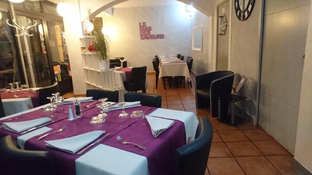 Restaurant Le Mas des Saveurs à Sisteron - Salle (Copyright : Restaurant Le Mas des Saveurs)