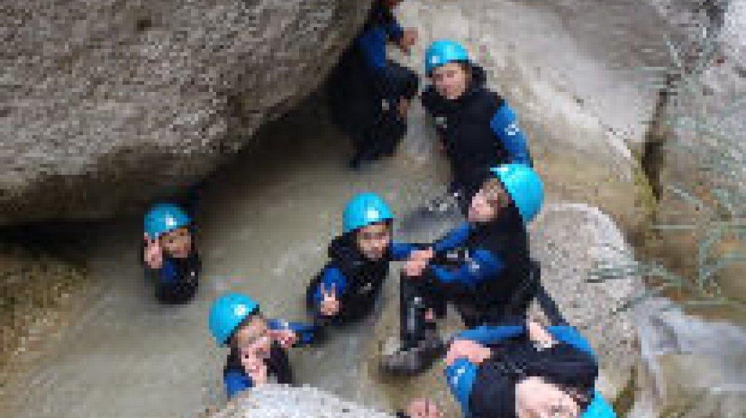 Bureau des guides des 2 Vallées Canyoning - Bureau des guides des 2 Vallées Canyoning (Copyright : Bureau des guides des 2 Vallées)