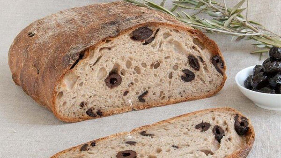 Boulangerie Le Pain Loré - Pain en Miche Campagne Olives (Copyright : Le Pain Loré)
