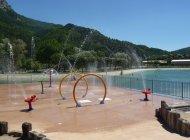 Aire de jeux du plan d'eau des Marres à Sisteron - Jeux aquatiques (Copyright : Office de Tourisme Sisteron Buëch)