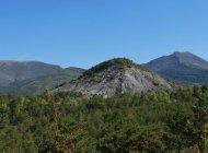 Itinéraire de rando le tour du plateau de Pié-Léger - Beau point de vue sur les marnes (Copyright : Communauté de Communes Sisteronais Buëch)