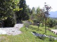Le Rocher de l'Aigle Savournon - Le jardin (Copyright : Le Rocher de l'Aigle Savournon)