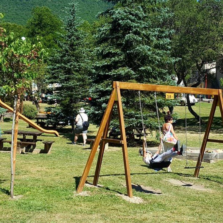 Village de Laborel - Aire de jeux (Copyright : Office de Tourisme Sisteron Buëch)