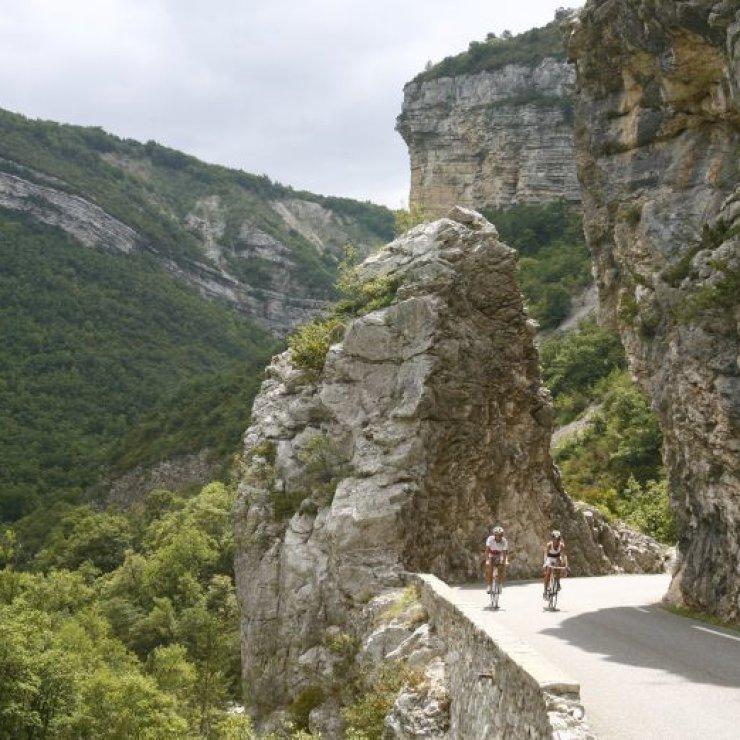 EldoradoVelo - Boucle 03 - Tour de la Montagne de Chabre - Tour de la montagne de Chabre (Copyright : Florent Besses Espace Rando Pays du Buech)