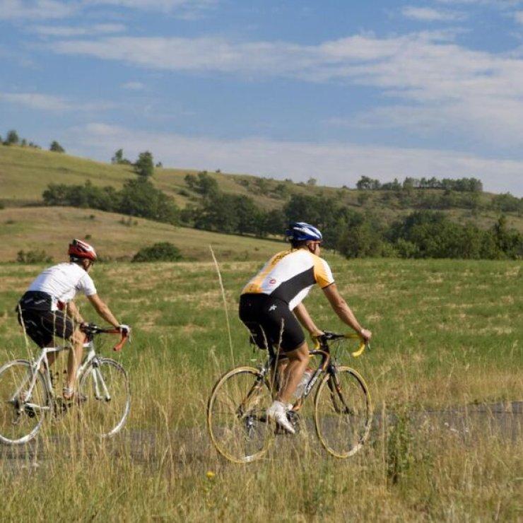 Cyclo dans le Laragnais (Copyright : Michel Boutin)