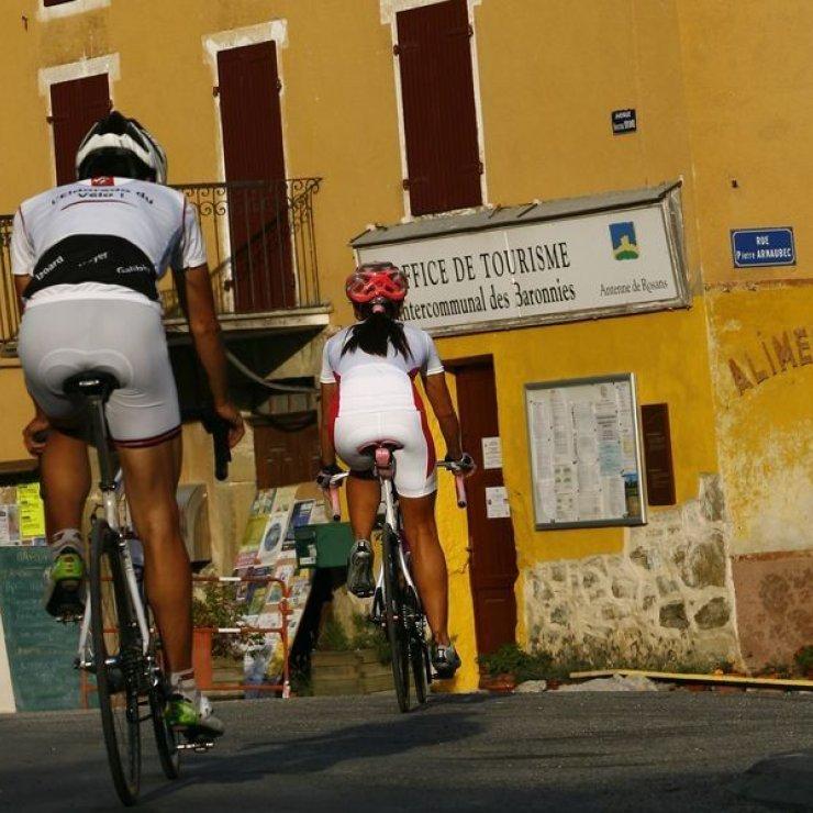 Circuit cyclo Mange Fèves - Traversée de Rosans à vélo (Copyright : Communauté de Communes Sisteron Buëch)