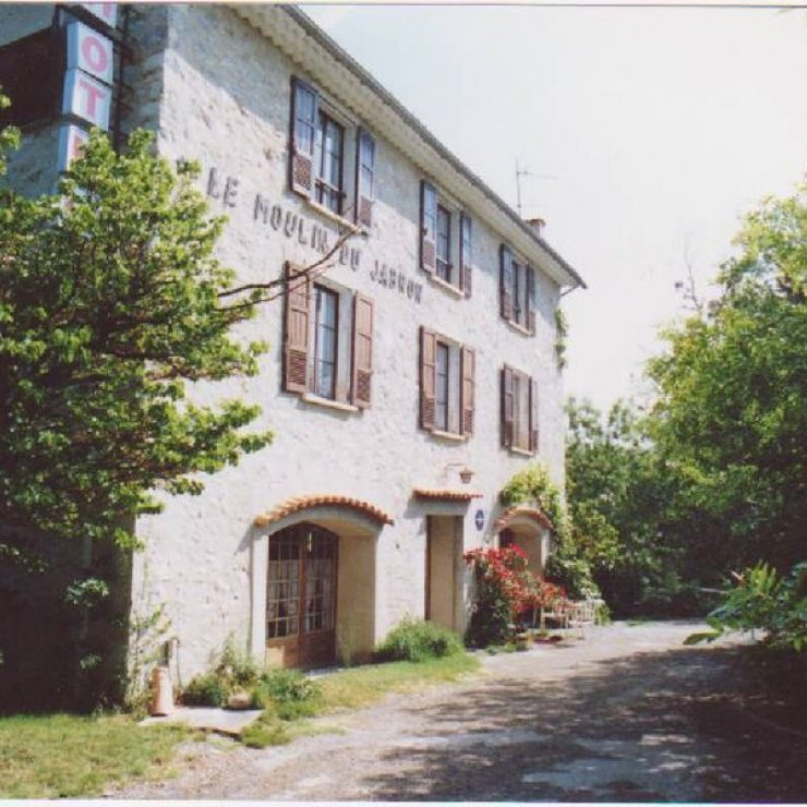 Le Moulin du Jabron - Extérieur (Copyright : Le Moulin du Jabron)
