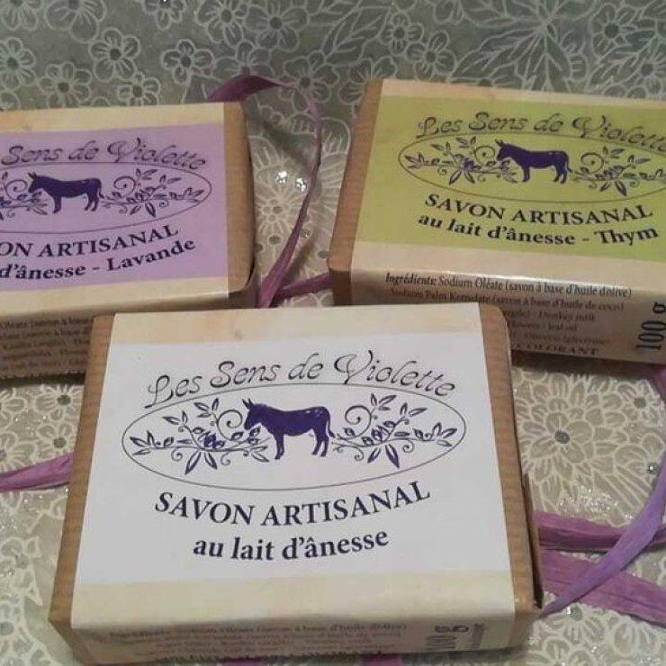 Les Sens De Violette - Savons au lait d'anesse (Copyright : Violette Lyons)