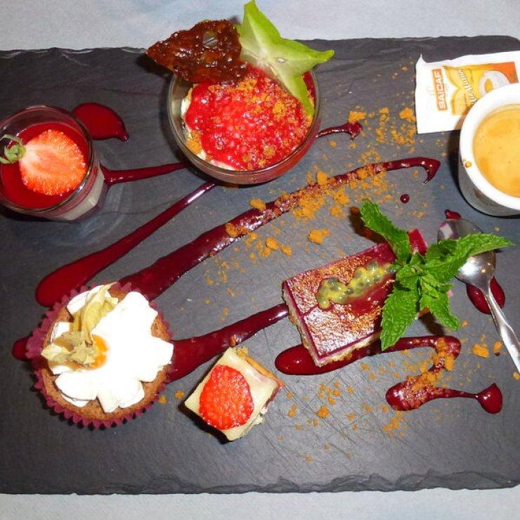 Delicatessen - Café gourmand (Copyright : Office de Tourisme Sisteron Buëch)